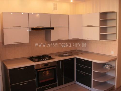 Кухня МДФ акрил на заказ по адресу 40, ул. Регенераторная-4