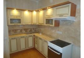 """Кухня """"Классік""""(кутова 2,4*1,75 м/ваніль супермат з патиною/МДФ)"""